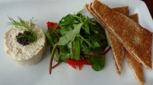 Arbroath smokie pate starter