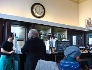 Cafe Newton