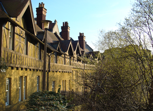 Distinctive houses in Dean Village