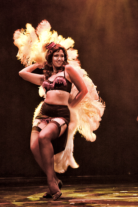 Circus Burlesque&#039;s Lola Labelle