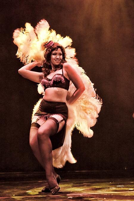 Circus Burlesque's Lola Labelle