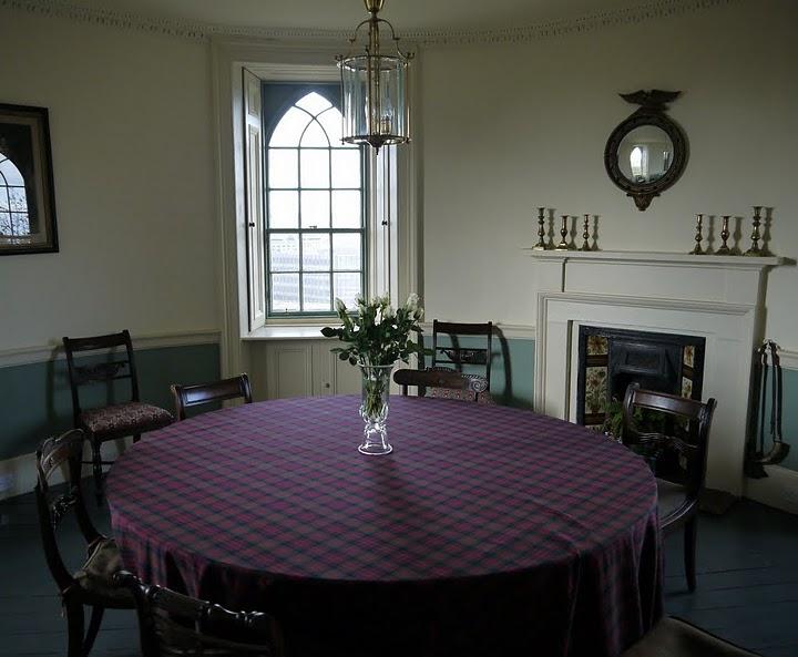 Edinburgh photo inside old observatory house calton for Classic house edinburgh