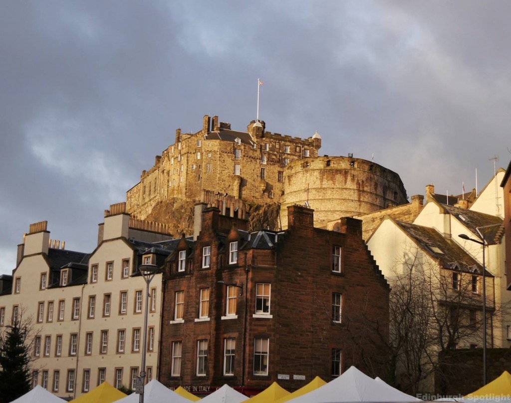 Edinburgh Caste from the Grassmarket