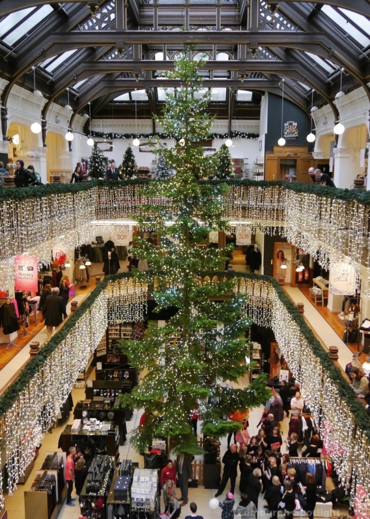 Christmas tree in Jenners