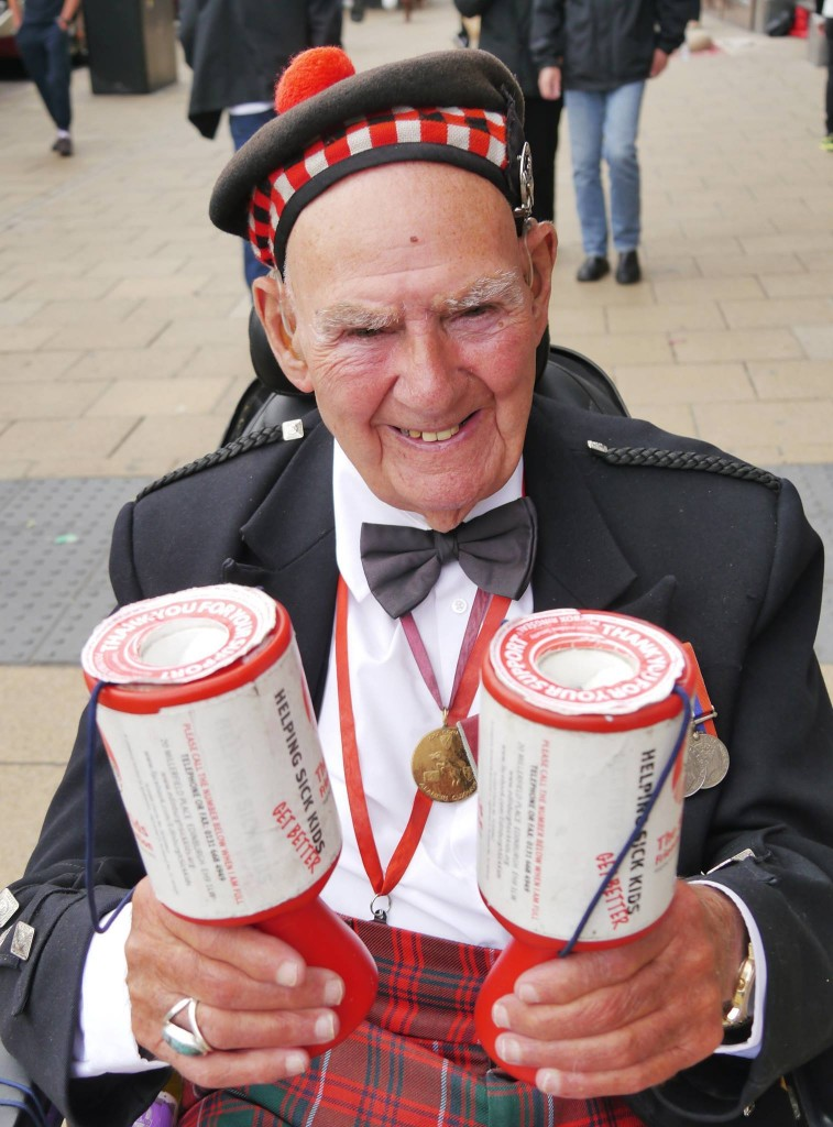 Edinburgh legend Tom Gilzean