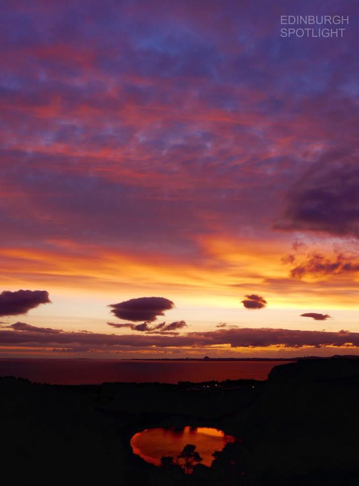 Sunrise over Dunsapie Loch