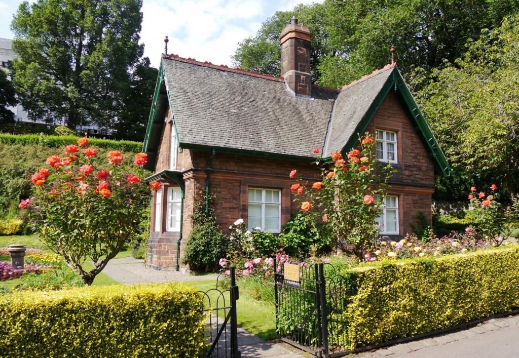 Princes Street Gardens cottage