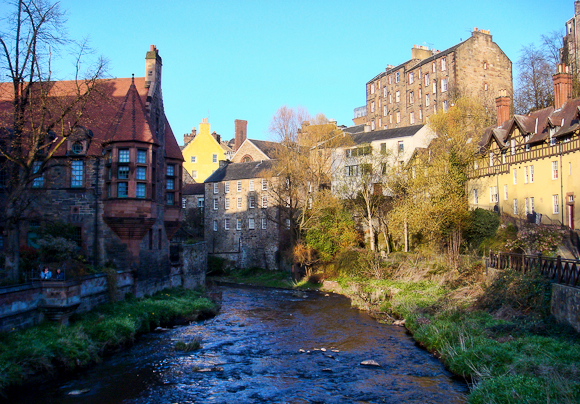 Winter sun in Dean Village