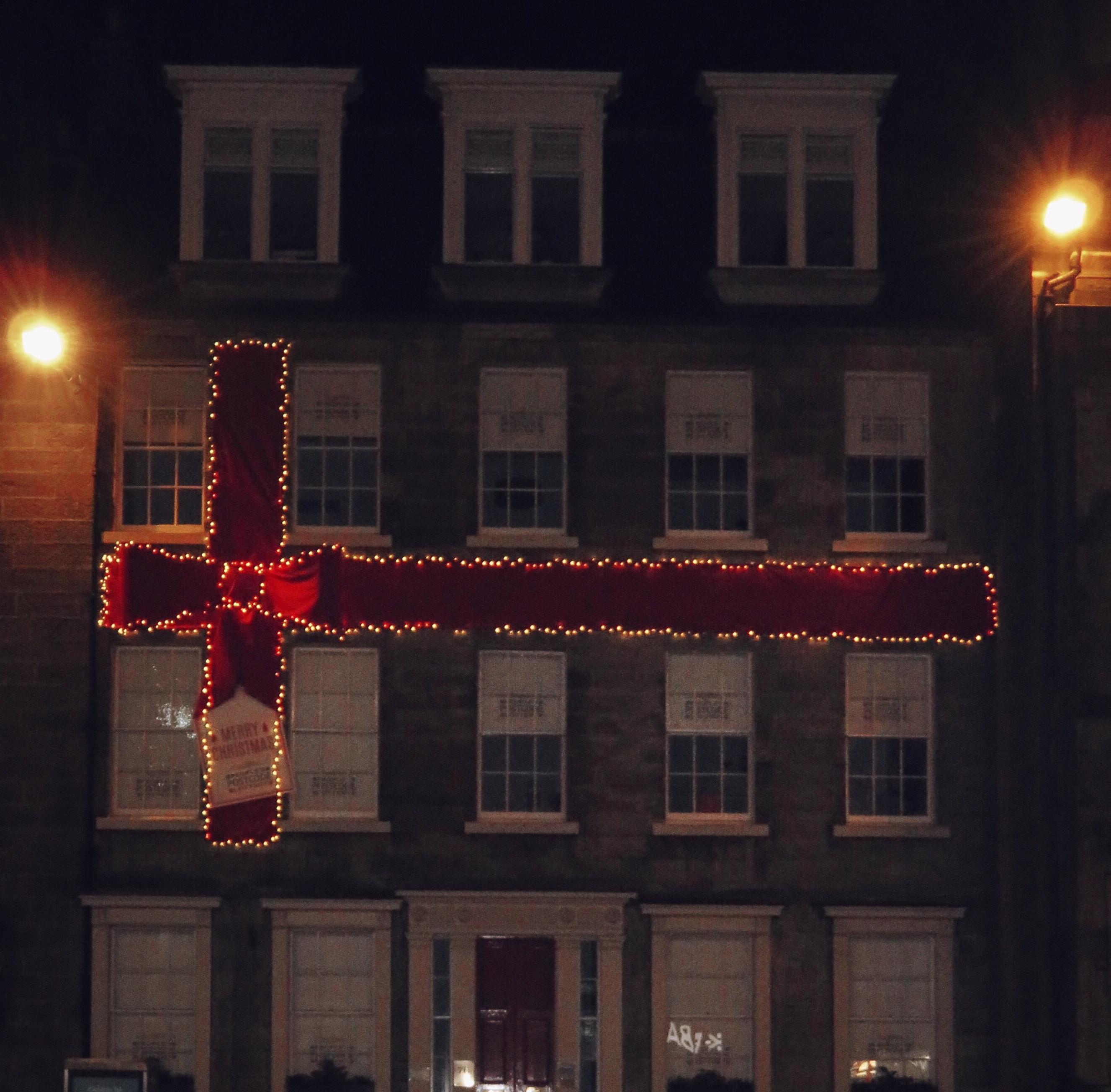 Light Shop In Edinburgh: Christmas Decorations In Edinburgh 2015