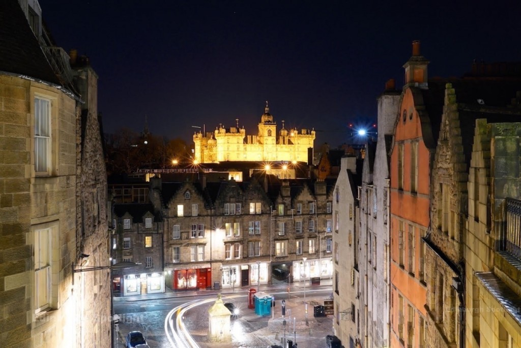 Victoria Terrace and the view of George Heriot's