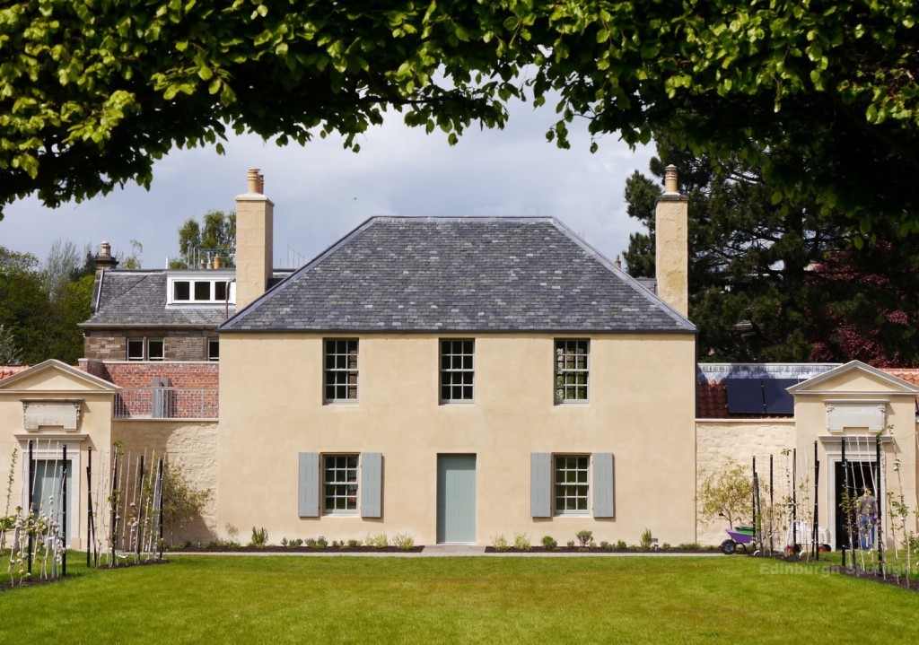 Have a look inside The Botanics Cottage.