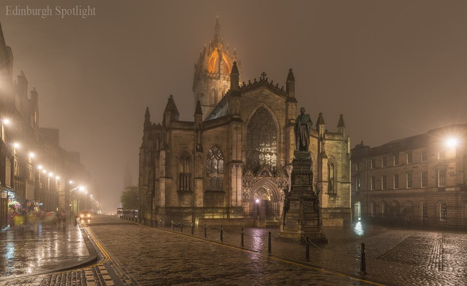 It got atmospheric on the Royal Mile.